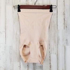 Spanx Womens Shapewear M Nude Compression